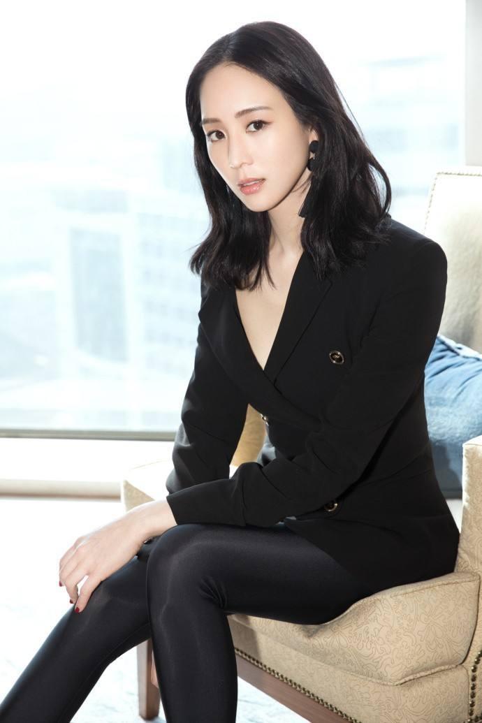 张钧甯被曝男友劈腿已分手?网友:男方有点丑