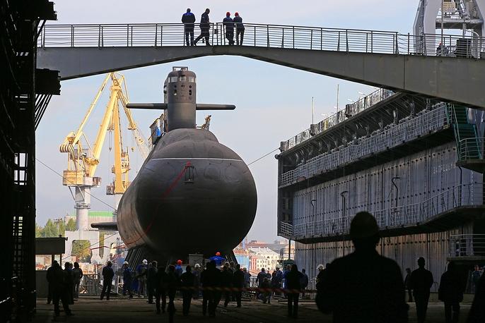 """俄罗斯""""喀琅施塔得""""号常规动力潜艇9月20日在圣彼得堡下水"""