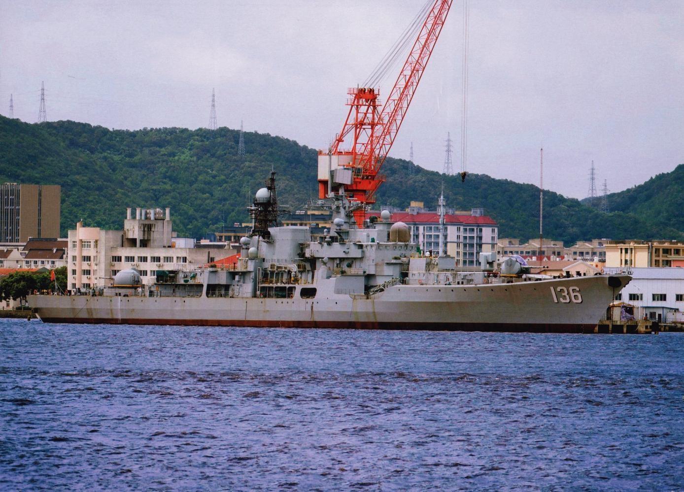 首艘魔改现代级驱逐舰杭州舰快要归建,我们替俄国人圆梦啦!