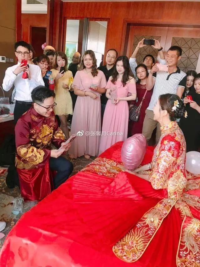 林峯跟新女友恋情甜蜜,携手出席女方弟弟婚礼!