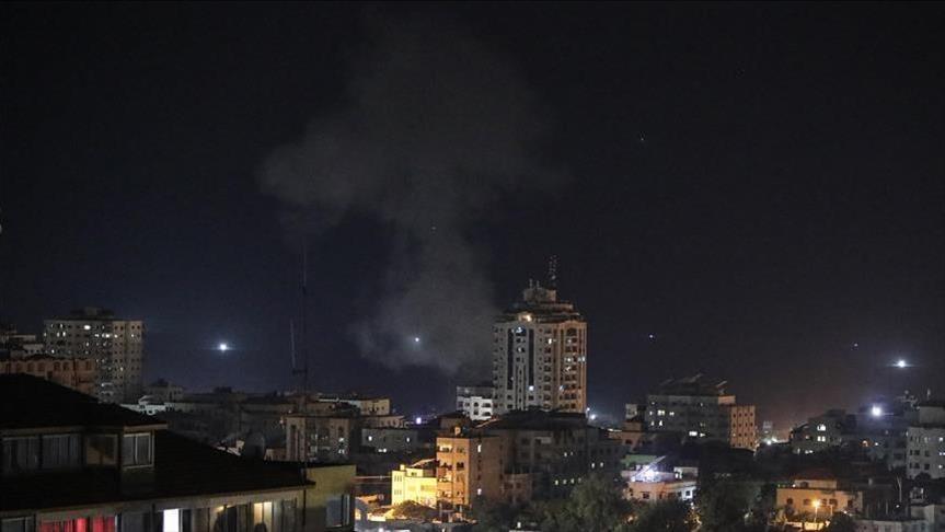 再次出击!以色列军机轰炸加沙地带北部,释放气球成打击目标明确