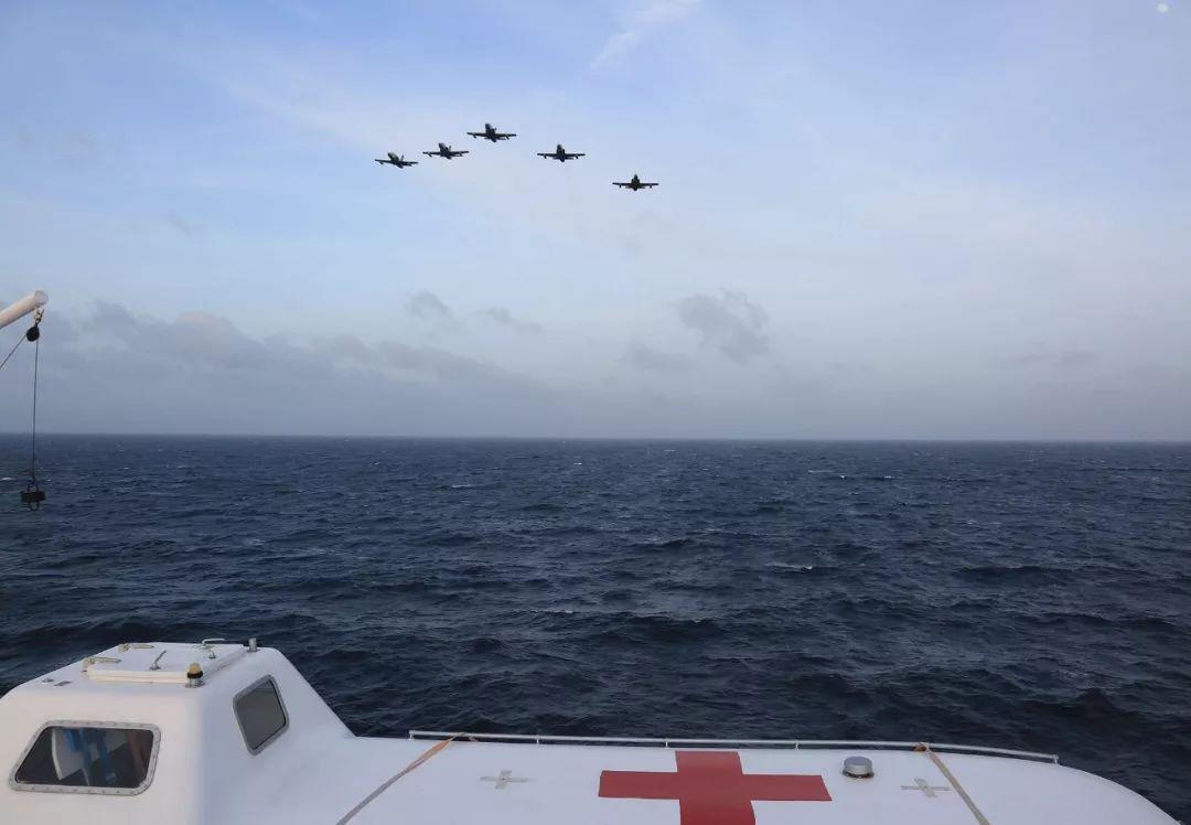 中国海军舰艇首访委内瑞拉,对其进行友好访问