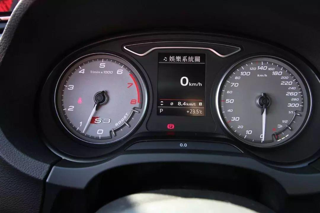 开了这么久的车 转速表到底有什么用?