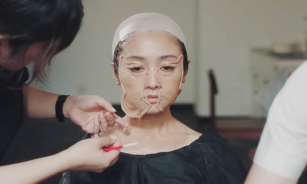 """神了!日本美女化妆变身老太太,安达佑实逃离""""天生童颜""""限制!"""