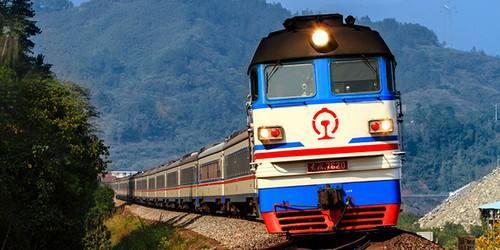 我国首条股份制地方铁路开通20年