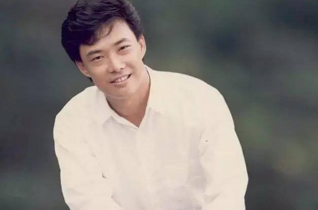 費玉清宣布退出演藝圈,網友:我媽要傷心死