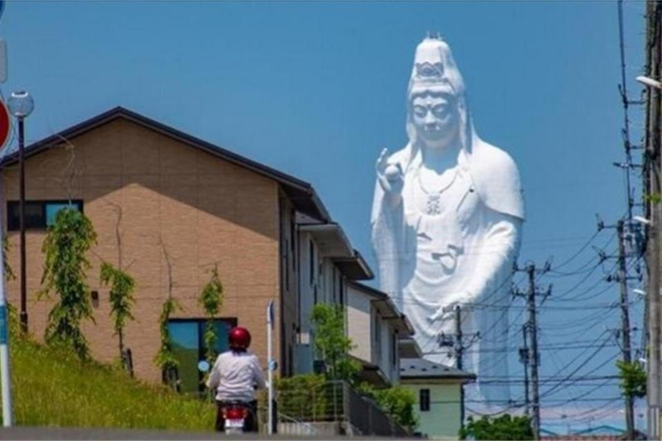 """世界上最""""诡异""""的3座佛像:在中国,日本"""