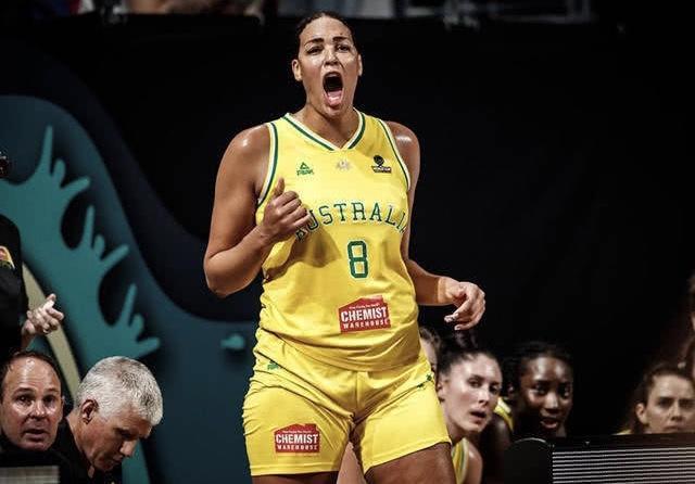 美国女篮17分大胜12年不败夺3连冠 女奥尼尔仅7分