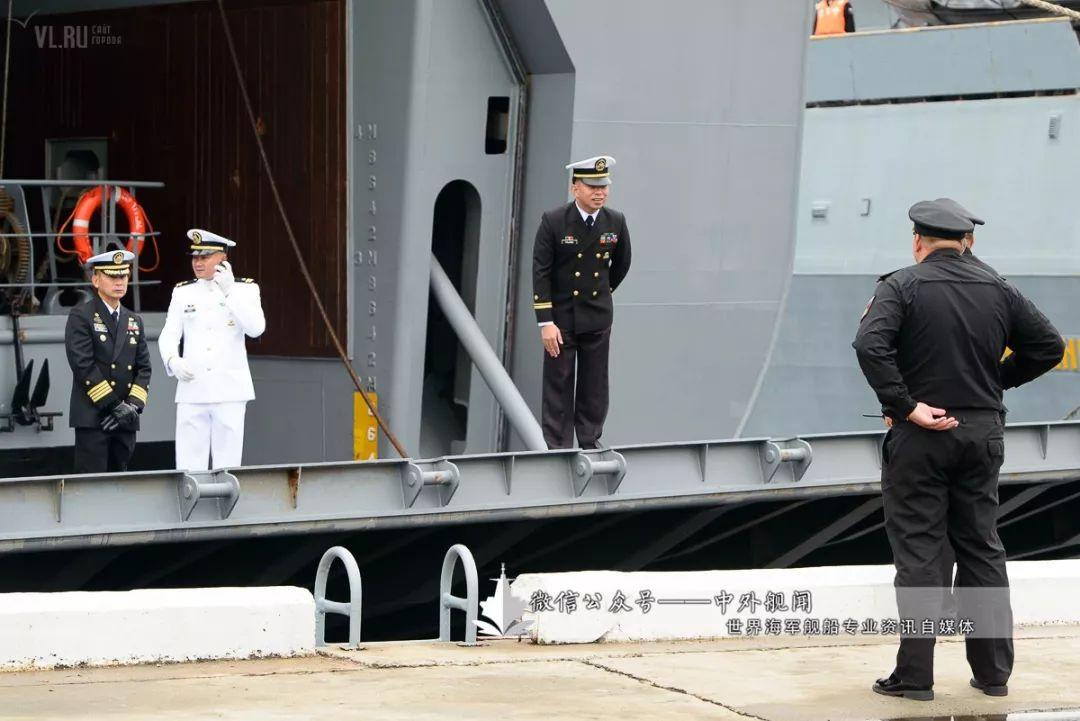 菲律宾海军首访符拉迪沃斯托克