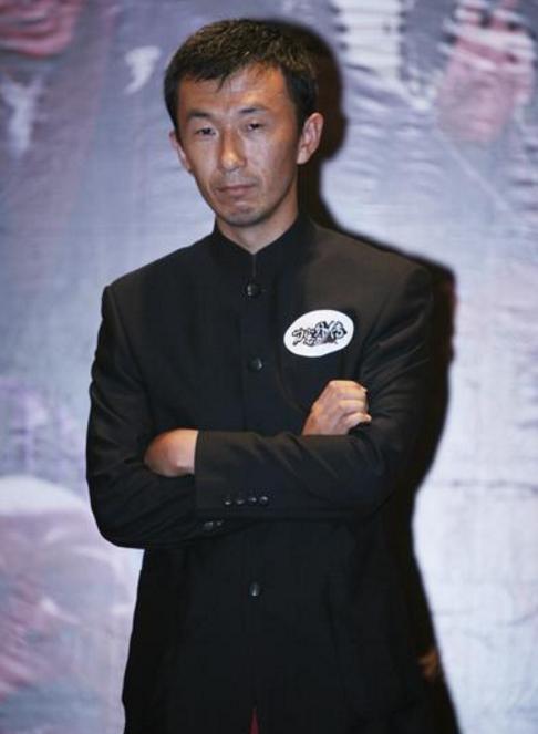 谋男郎最红的不是窦骁秦俊杰,而是跟张艺谋争金马奖最佳导演的他