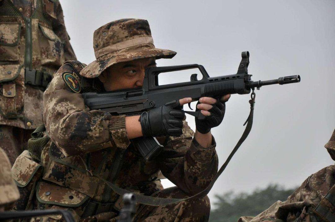 到底要不要枪托 美俄两大国为何至今不装备无托步枪?