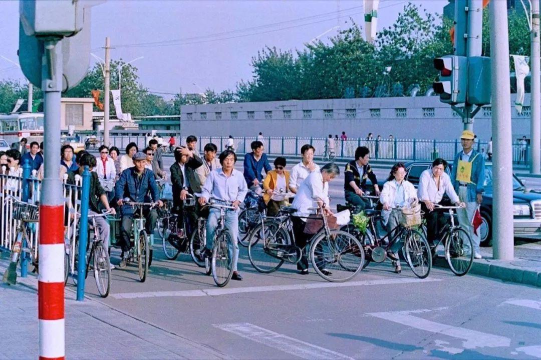 中国到处都是自行车,为什么自行车运动搞不起来?| 体育101