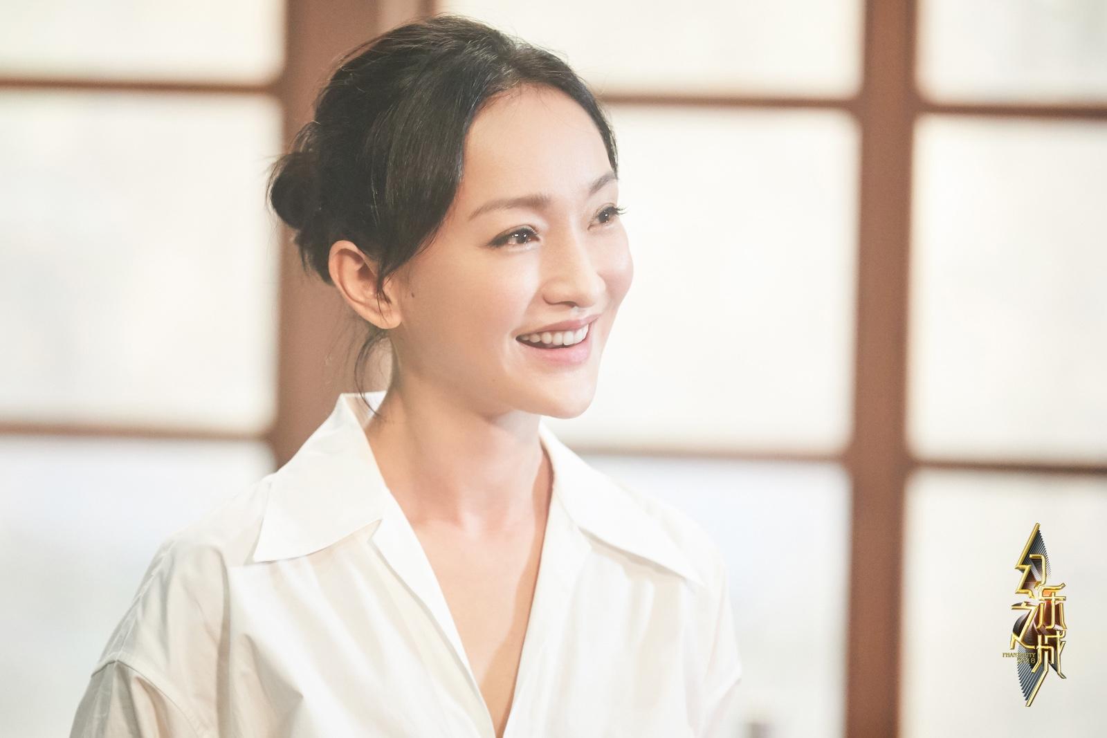 《幻乐之城》王菲周迅首同台:遥遥呼应 永远走不近