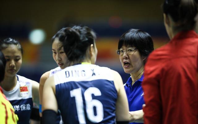 输球无需太担心!郎平还有一张王牌未打,中国女排仍藏着致胜法宝