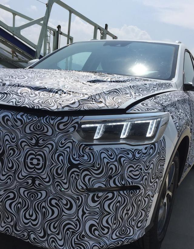 比亚迪全新神秘SUV专利图曝光,车身尺寸目测比现款宋更大