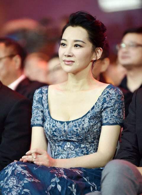 同为娱乐圈四大气质女星,王琳、王姬、许晴与闫妮相差不是一点点
