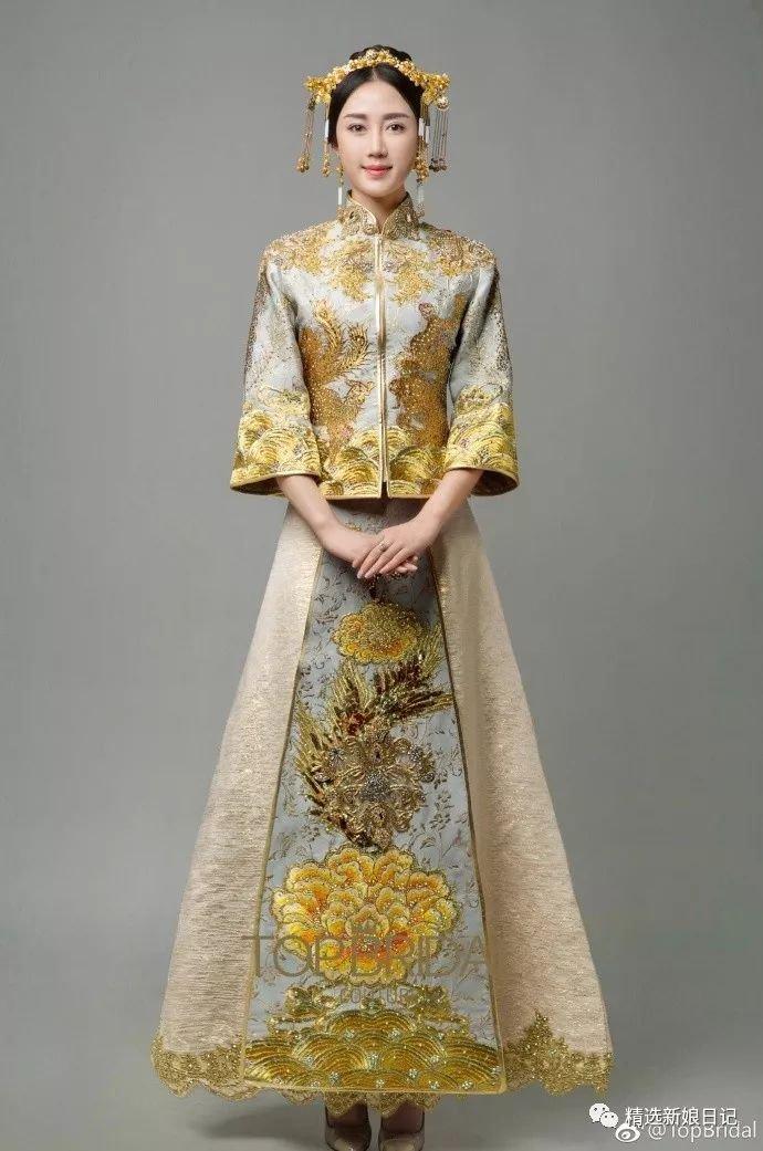 原来中式礼服除了红色,还有另一种清新的打开方式呢!