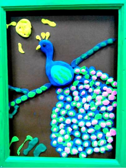 少儿创意美术《孔雀手工》,好漂亮的羽毛!