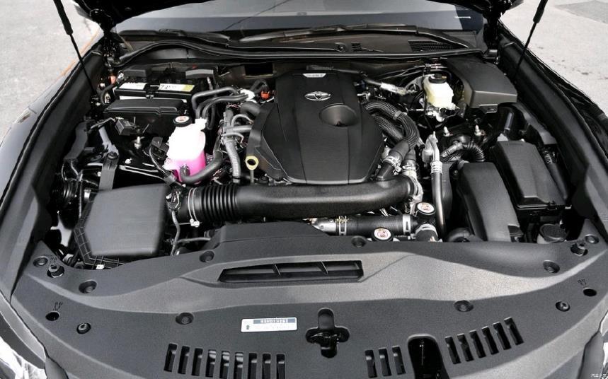 最惨C级豪车起步235马力比A6L有面子低至22万却卖不过A4L_凤凰彩