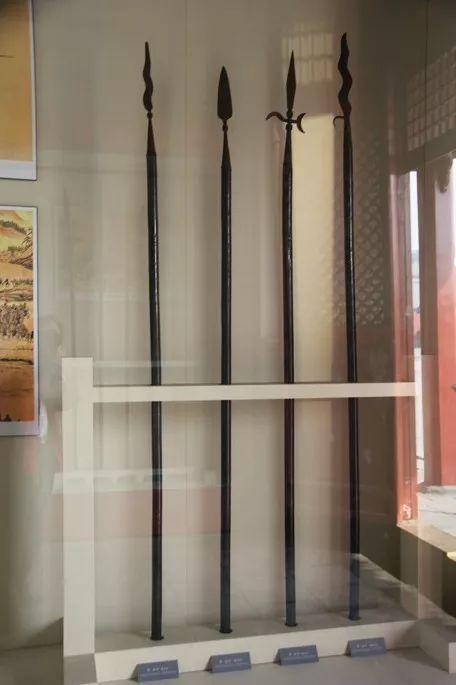 ▲沈阳故宫所藏铁矛