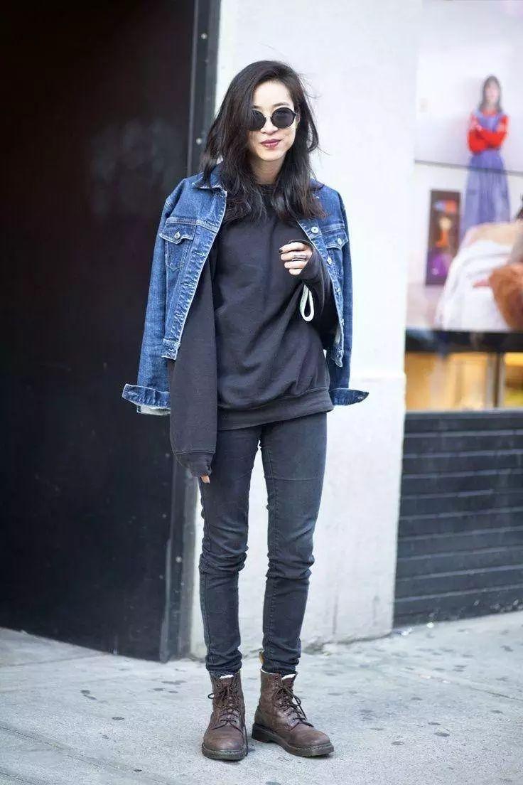 卫衣搭配什么外套_牛仔外套&卫衣 牛外外套比较率性和洒脱,和休闲动感的卫衣搭配,是