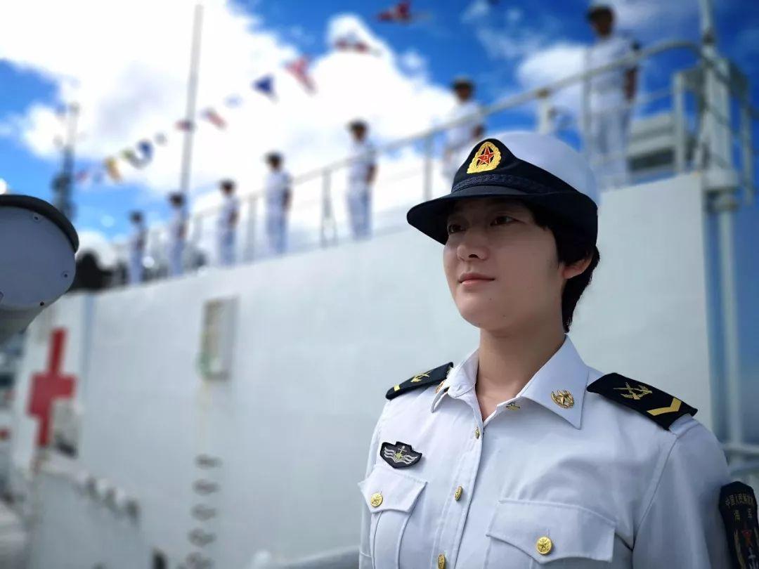 聚焦|中国海军和平方舟医院船首访多米尼克