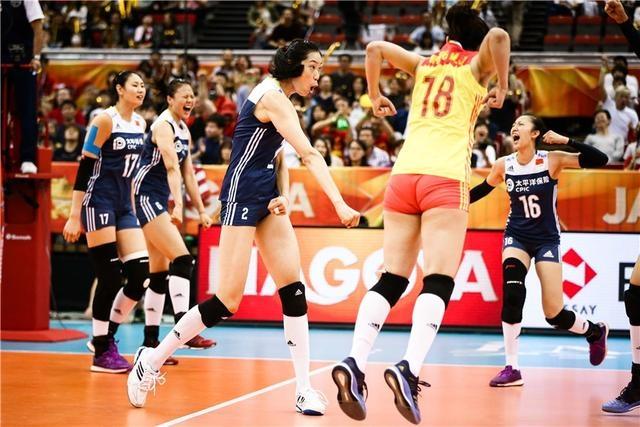 中国女排再创历史!郎平带队一周内两次战胜夺冠大热门