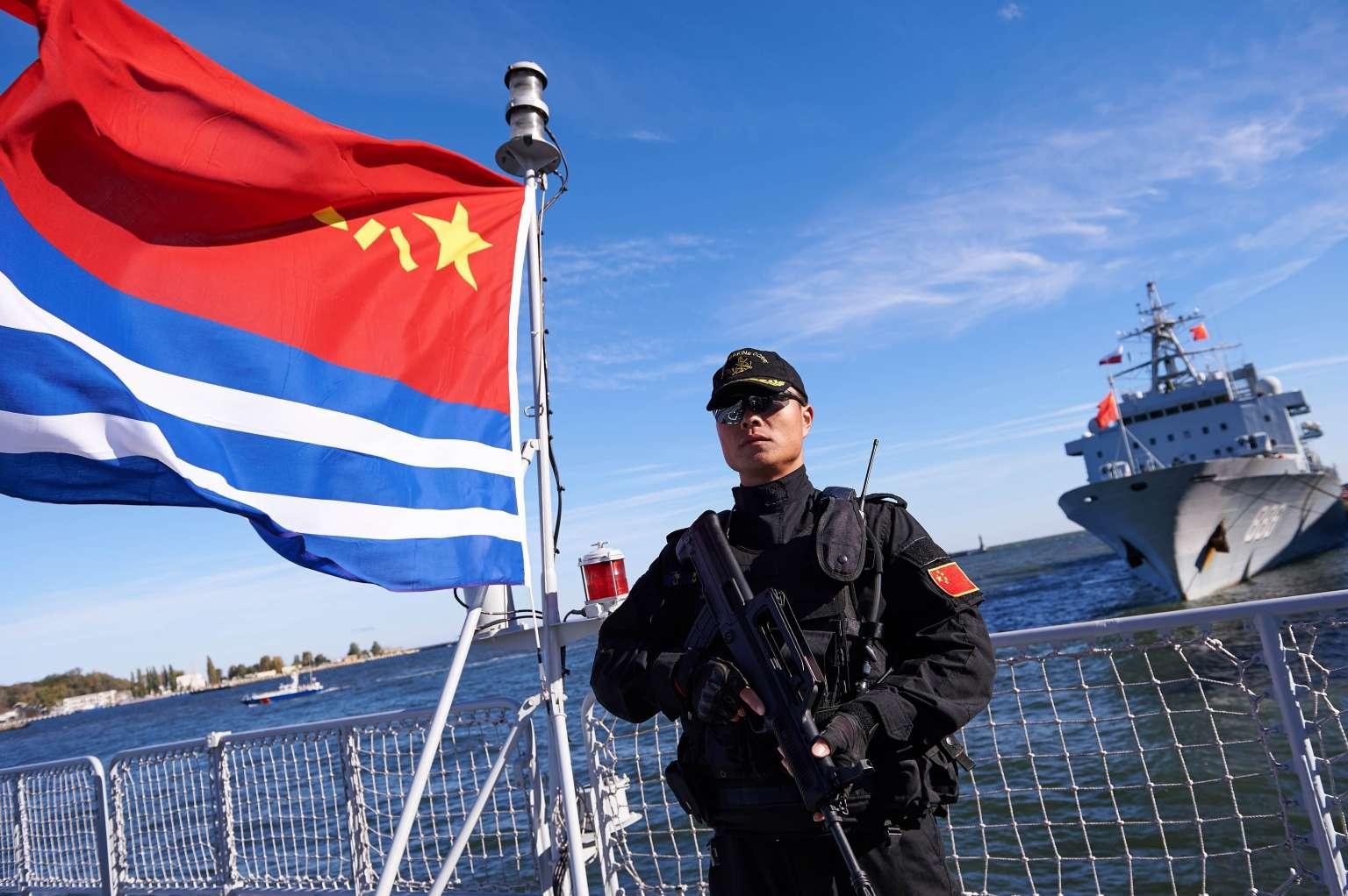 F:\配图101536302800_-_07_10_2015_-_poland-china-defence-diplomacy-navy.jpg