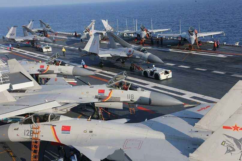 10架舰载机严阵以待 中国航母战力强大远超日本