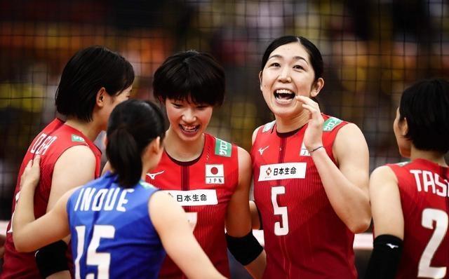 """日本女排34岁妈妈级老将给袁心玥""""上课"""",与颜妮并称亚洲最强!"""