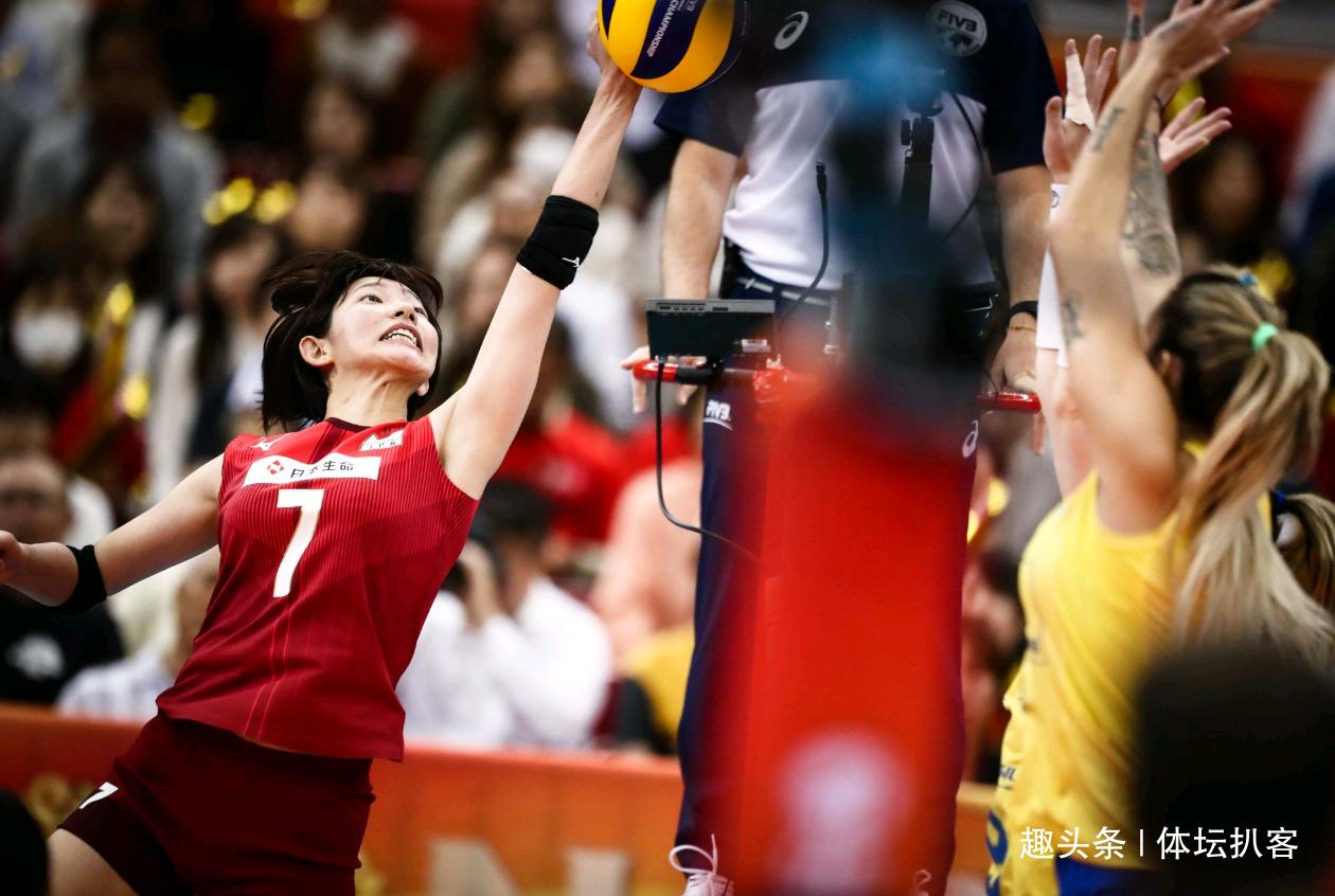 日本女排遭双重打击!举办世锦赛亏损16亿