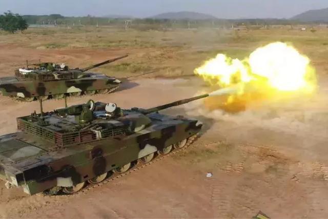 中国装甲车辆掠影(8)作为最强外贸重骑兵,VT-4都有哪些技能?