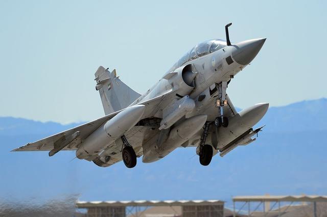 中东土豪低价转让一流战机 为何巴铁却笑不起来?