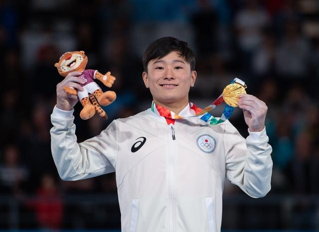 身高仅1米42的日本天才少年一人独揽5金,强得让中国体操队绝望!