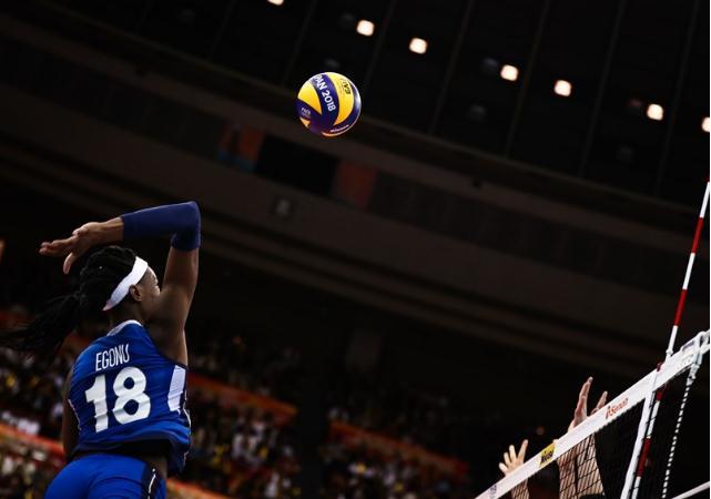 历史会重演吗?上届世锦赛中国女排对意大利先输后赢