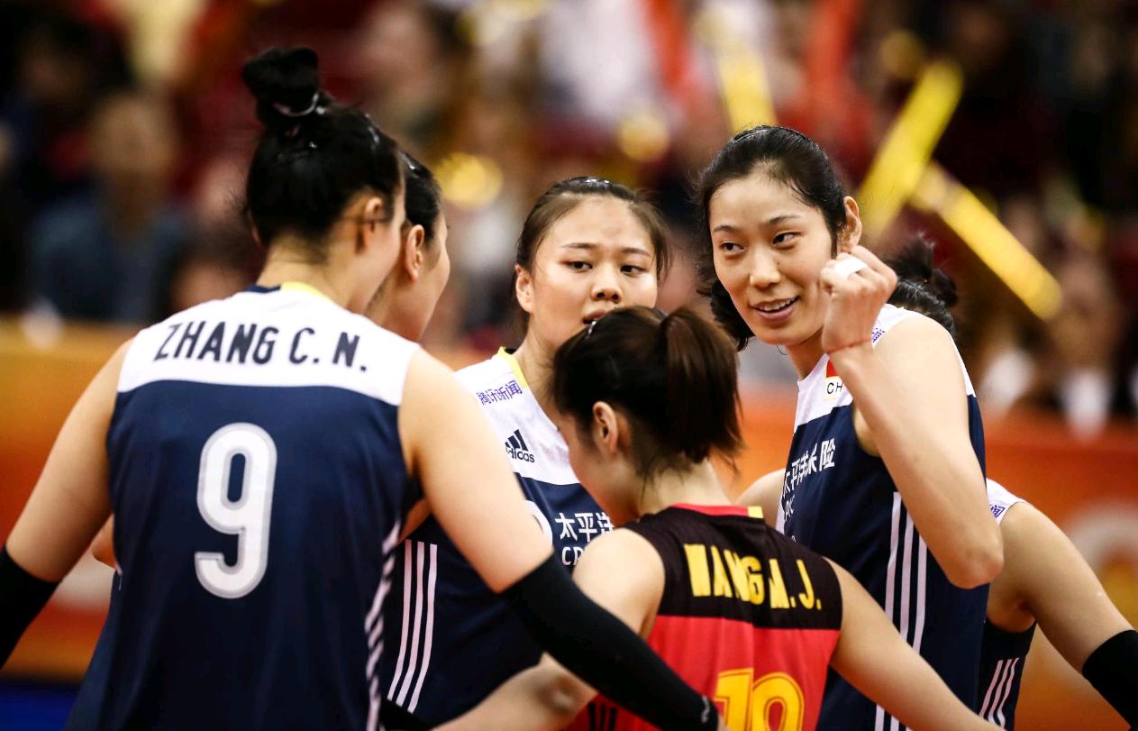 中国女排争冠有一大优势!世锦赛两战让郎平赢得世人尊重