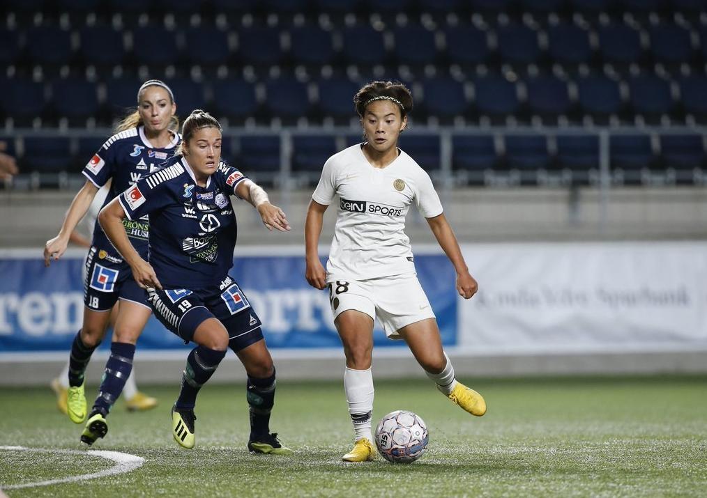 恭喜!王霜今晨创造新历史:中国女足球员在欧冠打进第1球