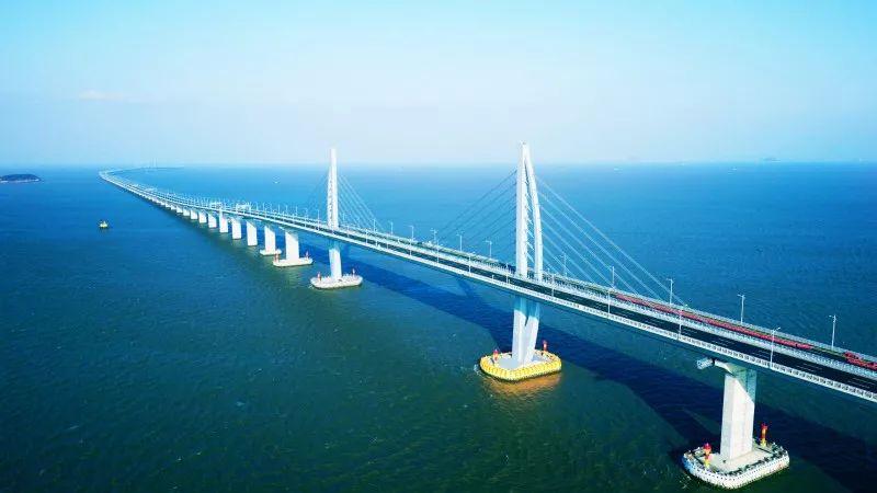 建设中的港珠澳大桥全景(杨瑶琼摄)-天开海岳 走近港珠澳大桥