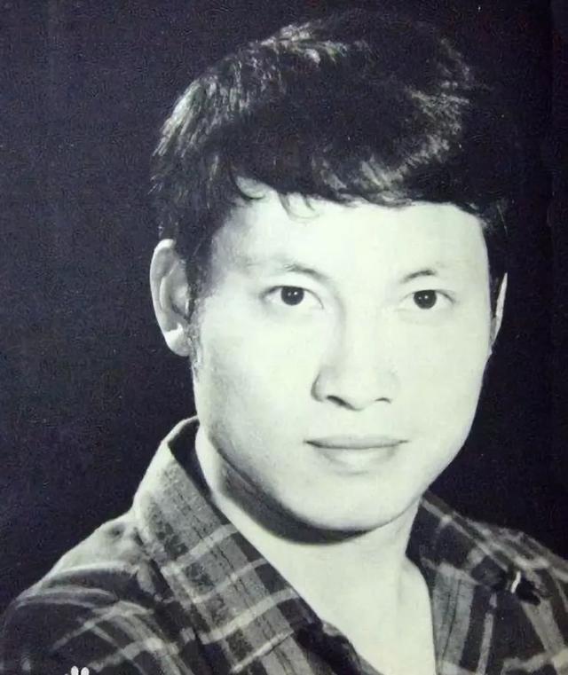 邵氏最赚钱小生岳华去世,曾跟郑佩佩交往却劈腿亦舒,一生传奇!
