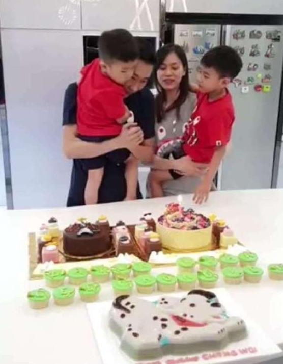 幸福!李宗伟战胜癌症后迎36岁生日,一家四口乐开花