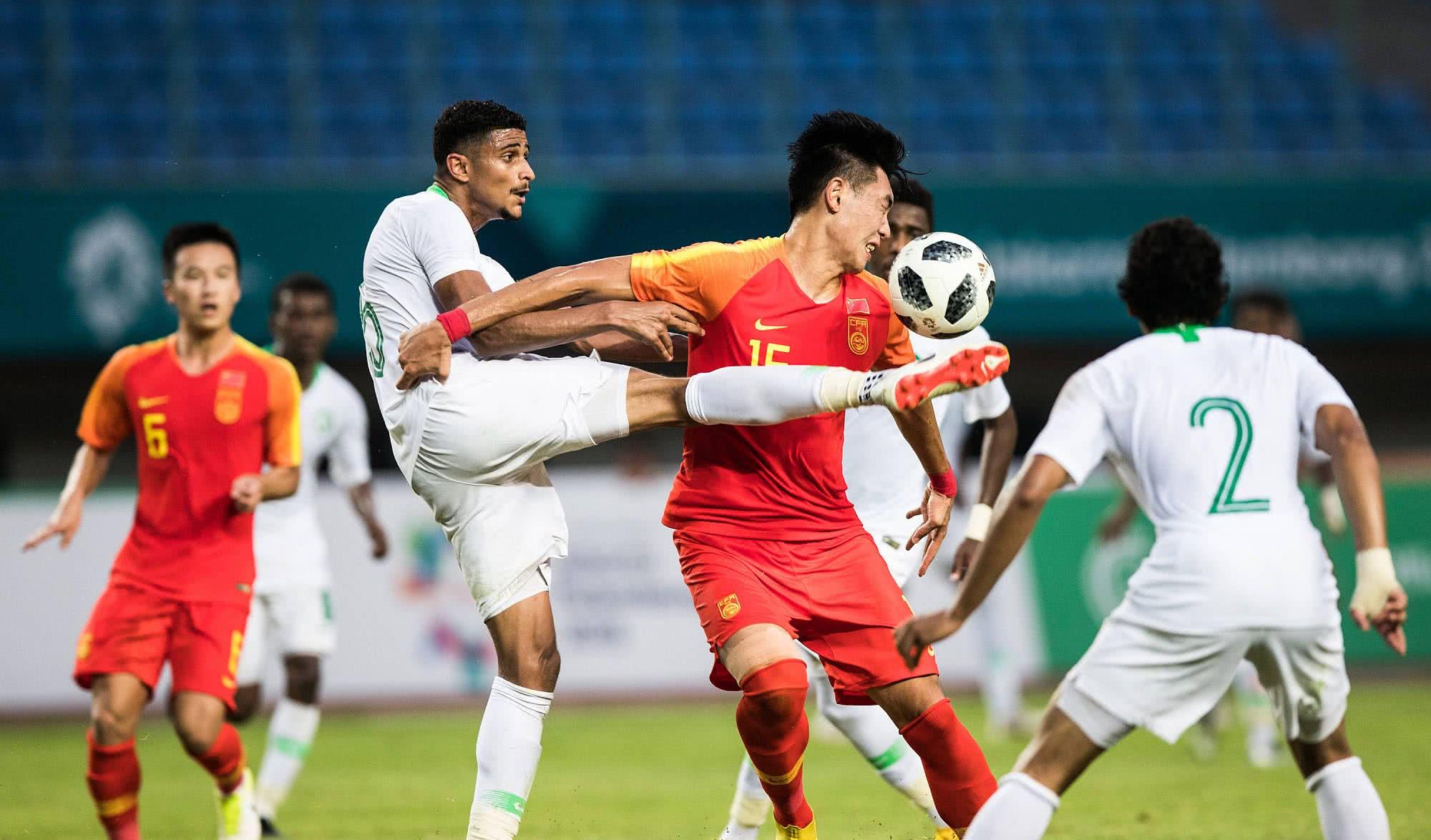希丁克:中国足球水平比我想象中的低,打进东京奥运会是不现实的