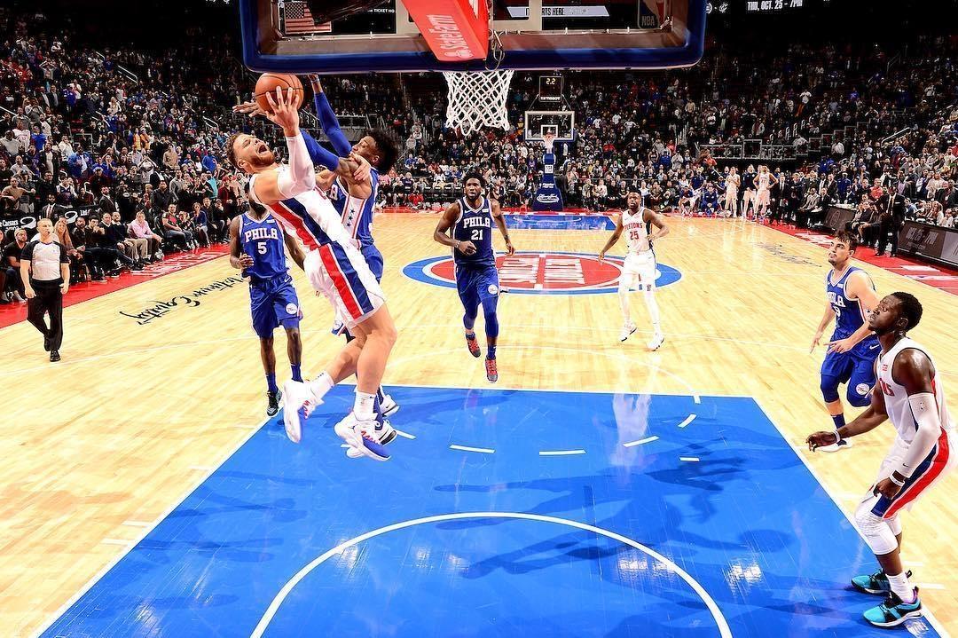 """格里芬制胜一球走步+进攻犯规!NBA官方裁判报告让""""傻芬""""尴尬!"""