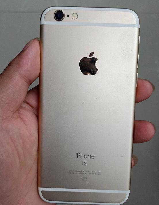 边框没有氧化掉漆弯曲,iphone6s的机身材质比iphone6硬很多哦,所以