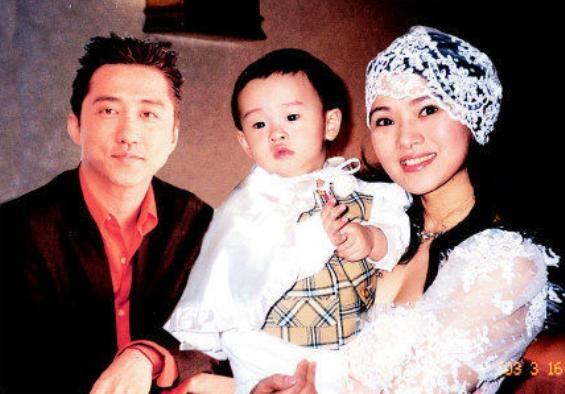 57岁庾澄庆与39岁秦昊近照 差别巨大