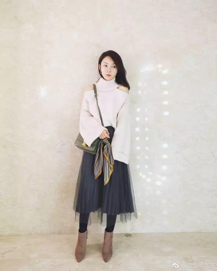 女生�yg��i)�aj_腿粗的小个子女生,初冬穿连裤袜,显瘦又保暖!