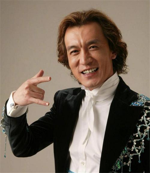 我是主持人李咏,下期节目再见
