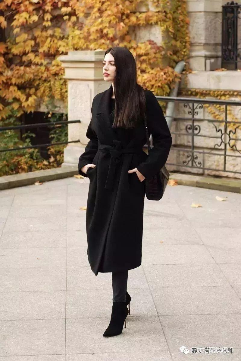 火爆秋冬的大衣+短靴搭配时尚又温暖让你穿大衣好看100倍!