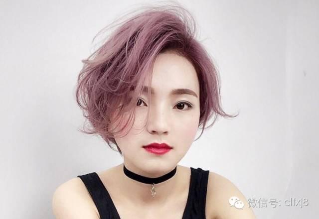 > 正文   发型界的精英 都是创意沙龙的贵宾 ▼时髦短发①图片