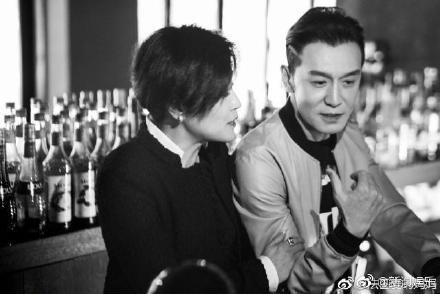 李咏去世6天哈文终于发了朋友圈四个字引人泪目网友:别再打扰_凤