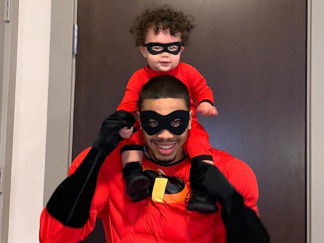 温馨可爱!塔特姆与儿子扮演超人父子,开心电影网,开心茶馆,开心西游记,脸上有斑怎么办,脸上出现色斑怎么办,脸谱图片